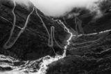 Изкачването на Трола ( Trollstigen ), Норвегия ; comments:44