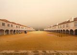 Манастирът със слепите прозорци ; comments:13