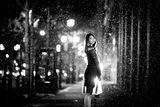 Черно-бял портрет в дъжда! ; comments:81