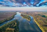 Над хубавия син Дунав ; Comments:12