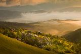 Махаличка се е сгушила в прегръдката на Родопа планина .... ; comments:31