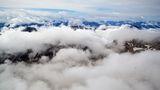Над Алпийските върхове и над проблемите в ниското ; comments:22