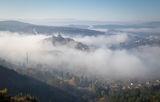 Есенен пейзаж с мъгла -  гледка към хълма Царевец и старата столица Велико Търново ; comments:80