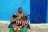 Уличен музикант в Мароко ; comments:8