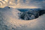 Изгрев над Кобилини стени на кучи студ ; Comments:22