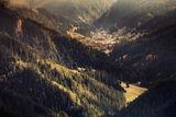 Село Мугла сгушенo в пазвите на великата Родопа планина ; Comments:5