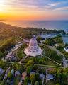 Bahá'í House of Worship ; comments:3