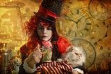 """автопортрет като """"Шапкаря"""", личен проект """"Алиса"""" ; comments:17"""