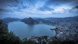 град Лугано, Швейцария и едноименното езеро ; comments:2