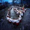 Танцът на вярата ; comments:6