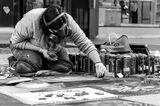 Артист твори на улицата ; Comments:2