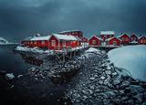 Къщички в снега се гушат ; comments:31