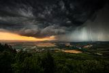 По следите на бурята ; comments:44
