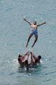 Лятото и морето ; Comments:1