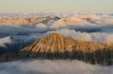 Връх Тодорка се подава гордо през облаците ! ; comments:2