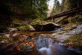 Под мостовете не шумят реки, те тихичко клокочат :) ; comments:11