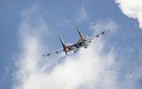 Су-27 набира височина ; comments:2