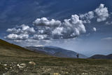 Замислен, между земята и небето ; comments:9