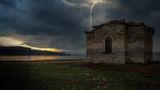 Във окото на бурята ; comments:6