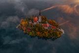 Островчето в ез. Блед, Словения... ; comments:10